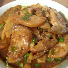 蒜炒糯米藕
