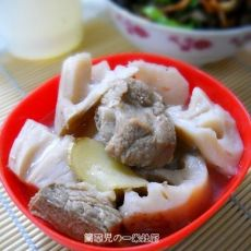 家常莲藕排骨汤的做法