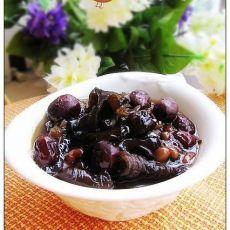 黑豆炖黑木耳