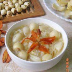 百合花莲子小米粥的做法