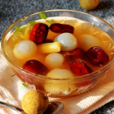 姜枣桂圆汤的做法