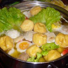 鸡汤肉丸火锅