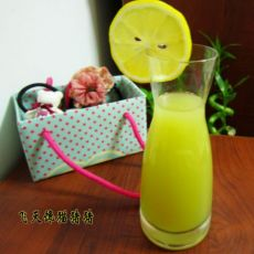 猕猴桃青苹果果汁