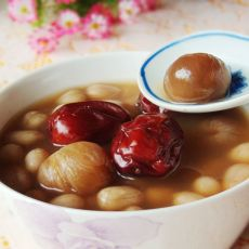 花生红枣桂圆汤的做法
