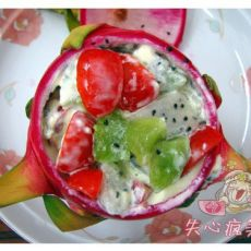 火龙果水果沙拉