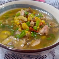 电饭煲版鸡炖板栗汤