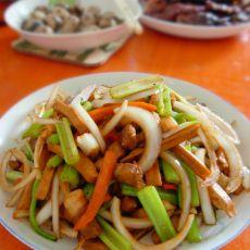 五花肉炒杂蔬的做法