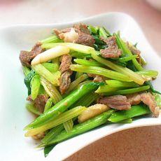 芹菜蒜苗炒肉的做法
