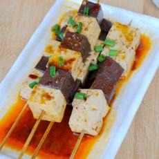 猪血煮豆腐的做法