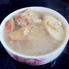土茯苓煲淮山猪骨汤的做法