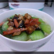 10分钟家常菜——香菇火腿热汤面