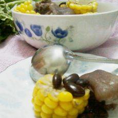 黑豆玉米炖猪蹄的做法