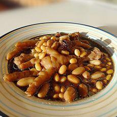 黄豆花生焖鸡脚的做法