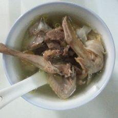 西洋参炖鸽子汤的做法
