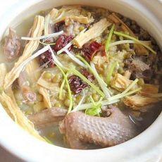 绿豆腐竹煲乳鸽的做法