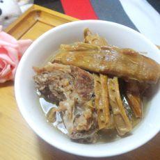 笋干炖猪蹄的做法