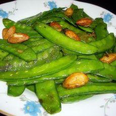 杏仁炒荷兰豆的做法