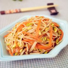 knnaa分享:黄豆芽炒胡萝卜