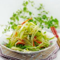 香菜梗炒土豆丝的做法