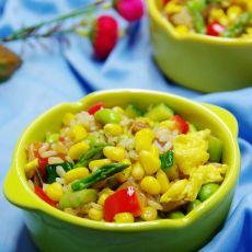 玉米粒时蔬炒饭