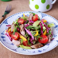 泰式牛肉蔬菜沙拉的做法