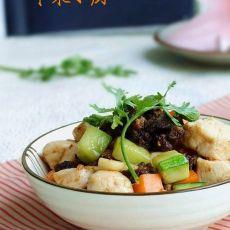 香菇酱炒鸡丁的做法