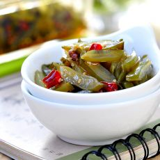 红油海白菜