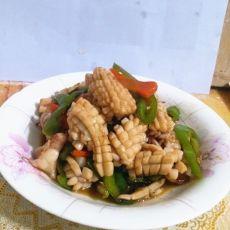 鱿鱼炒辣椒的做法