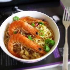 鲜虾方便面的做法
