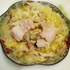 五花肉炖酸菜的做法