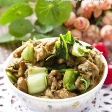 白菜鲜菇肉片的做法
