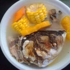 鱼头木瓜玉米汤