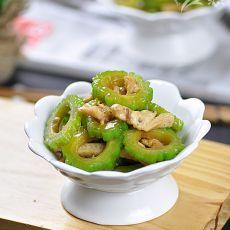鸡丝炒苦瓜――下酒菜的做法