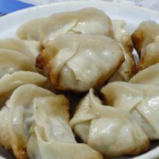香菇白菜猪肉煎饺的做法