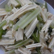 芹菜炒腐竹