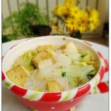 白菜粉丝炖豆腐的做法