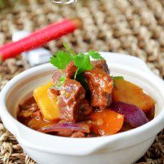 红焖砂锅牛肉的做法