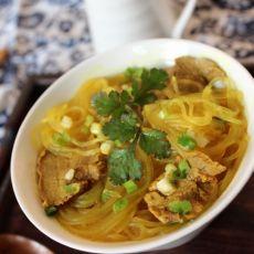 咖喱牛肉粉丝汤
