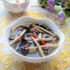 茶树菇炖乌鸡的做法