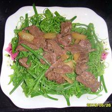 牛肉炒龙须菜的做法