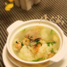 花椰菜虾米排骨汤