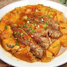 黄花鱼炖豆腐
