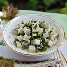 香椿芽儿拌豆腐