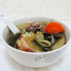 红萝卜玉米菜干猪骨汤