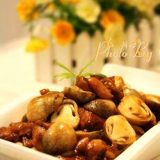 草菇炒鸡腿肉