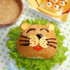 狮子一家汉堡套餐的做法
