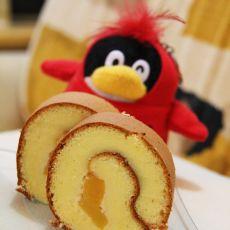 黄桃夹心戚风蛋糕卷