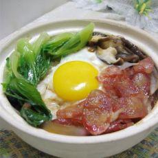 腊肠窝蛋煲仔饭