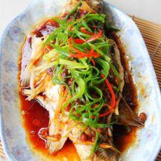 黄豆酱蒸鲈鱼