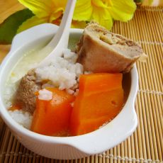 胡萝卜猪骨粥